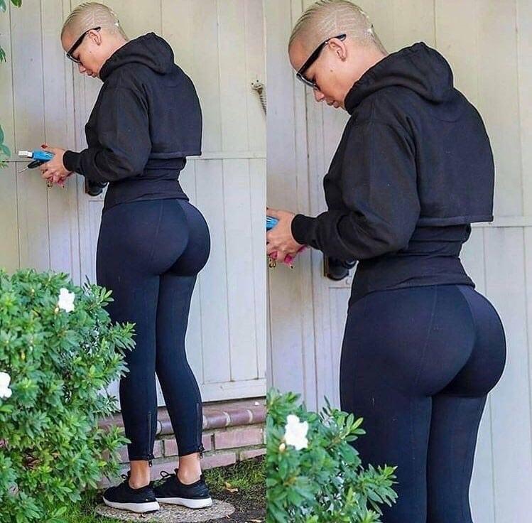 Amber Rose yoga pants booty