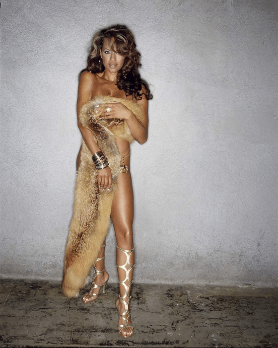 King Magazine photoshoot with Leila Arcieri (1)
